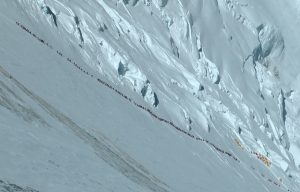 Everest Circus