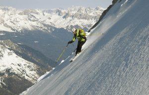 Giù, con gli sci, dalla Cima dei Preti