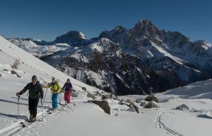Sulle tracce di Paluselli. Attraversata delle Dolomiti con gli sci