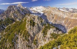 Itinerari sconsigliati di proto alpinismo